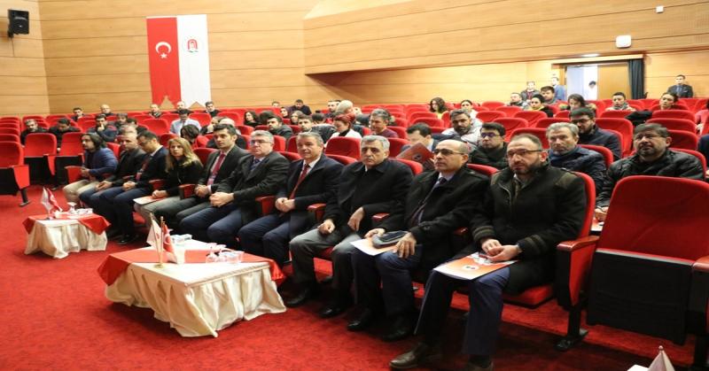 Uzaktan Eğitim Eğiticilerine Yönelik Çalıştay Düzenlendi
