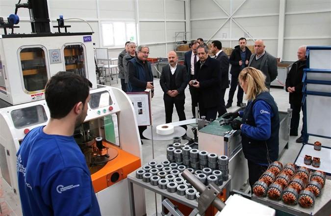 Vali Varol Merzifon Electromotor Fabrikasını Ziyaret Etti
