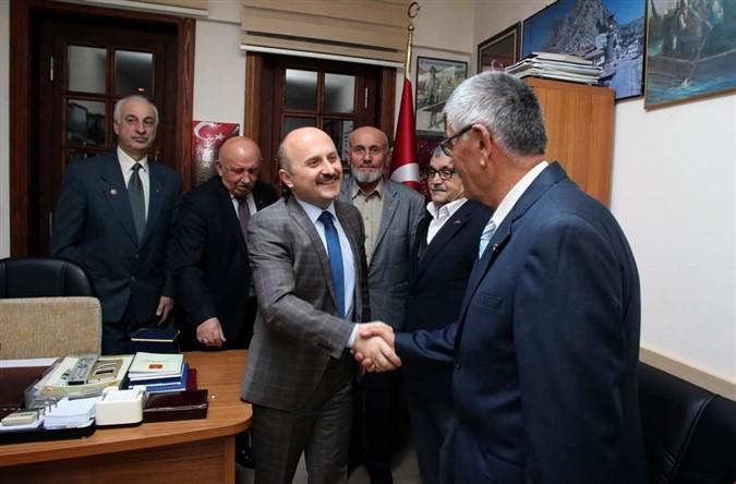 Vali Varol 'Muharip Gaziler Derneği'ni Ziyaret Etti