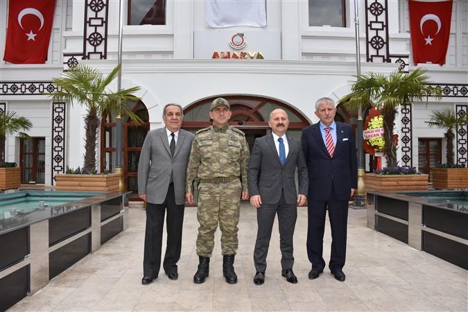 Vali Varol'dan Başkan Sarı'ya Hayırlı Olsun Ziyareti