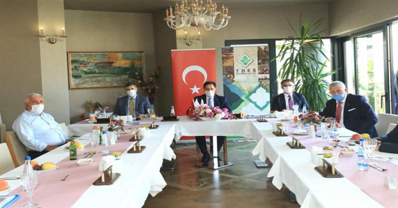 YHKB Ağustos Ayı Encümen Toplantısı,iAmasya'da Yapıldı.