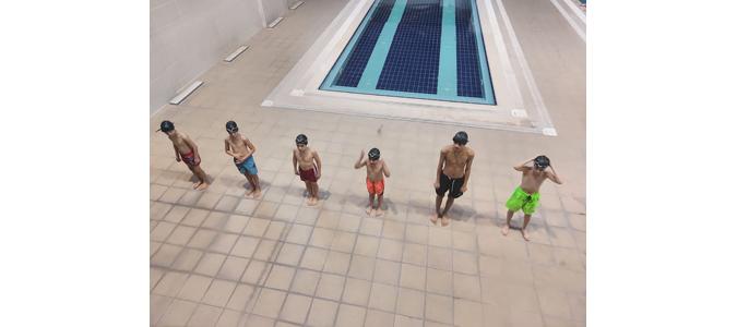 'Yüzme Bilmeyen Kalmasın' Projesi Kapsamında Yüzme Öğreniyorlar