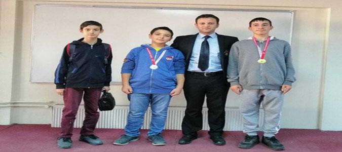 Amasya Çocuk Evlerinde Kalan Çocuklarımızdan Satranç Turnuvasında Büyük Başarı