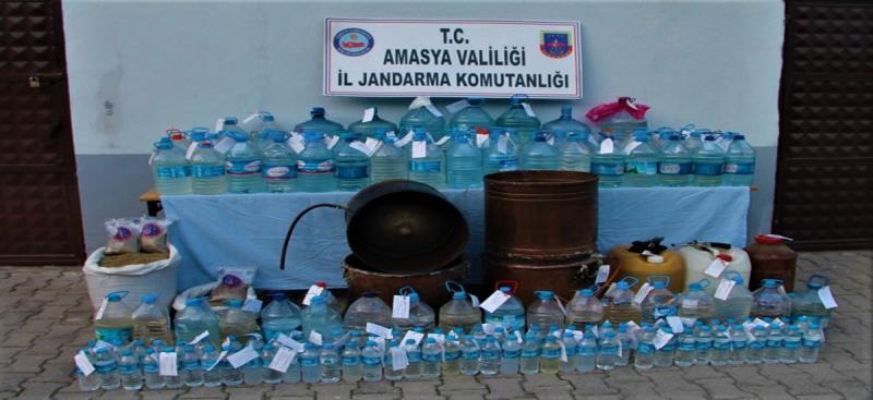 Amasya Jandarma Komutanlığı 2572 Litre Kaçak Alkol Ele Geçirdi