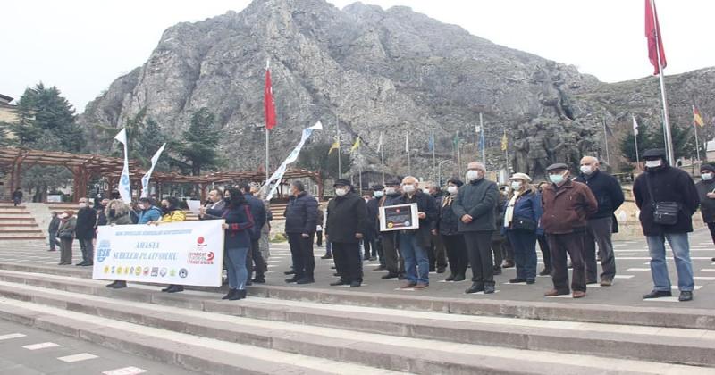 Amasya'da Emekçiler Bordro Yaktı