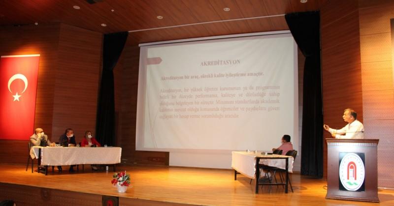 Fen-Edebiyat Fakültesi Akreditasyon Çalışmaları Bilgilendirme Toplantısı Gerçekleştirildi