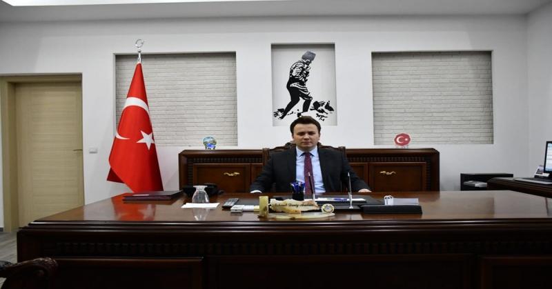 Gümüşhacıköy'de Okuyan 2882 Öğrenciye Kıyafet Yardımı Yapıldı