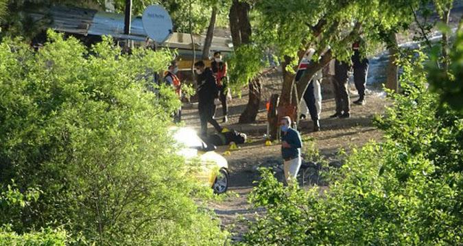 karavanda cinayet: 3 ölü