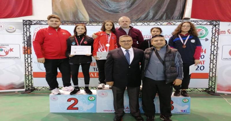 Merzifon Belediye Spor Kulübü Sporcusu Buse Tamallı Türkiye 2.si Oldu
