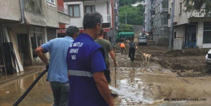 Merzifon Belediyesi Artvin Afetzedelere Yardım