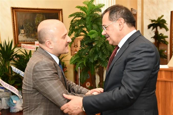 Vali Varol'dan Başkan Demir'e Hayırlı Olsun Ziyareti